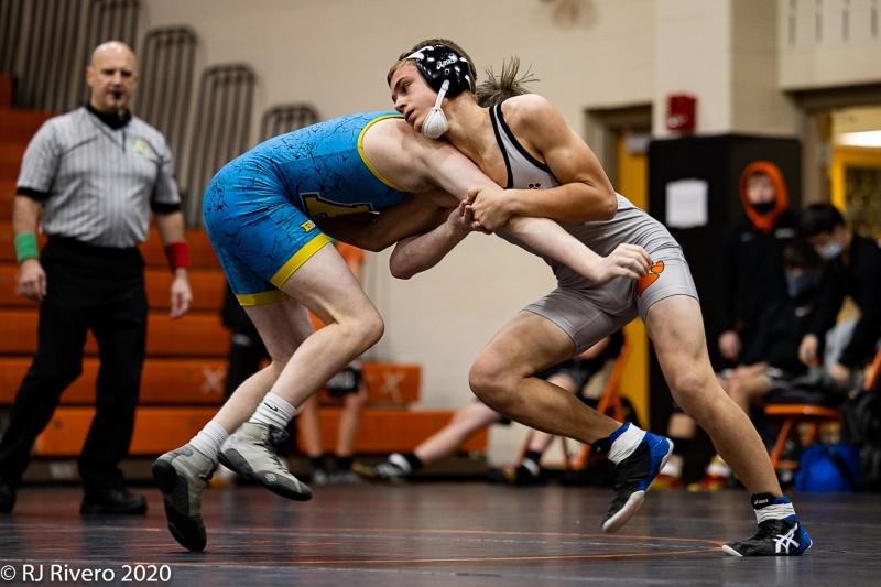 2020-12-5-LC-Wrestling-1